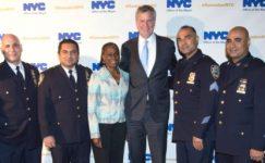 New York'ta Polis Araçlarına Kurşun Geçirmez Cam Takılacak